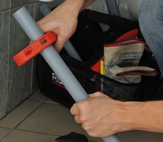 проверка лини и реза трубы труборезом P-TEC 3240 RIDGID
