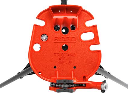 вид сверху переносного верстака с цепными тисками TRISTAND 460-6 RIDGID